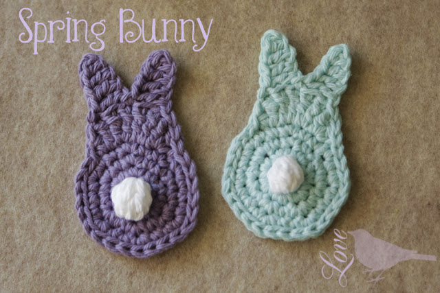 Cute little bunny Crochet pattern. Make a bunch for a Spring garland? Lots of other great bunny craft ideas here, too.