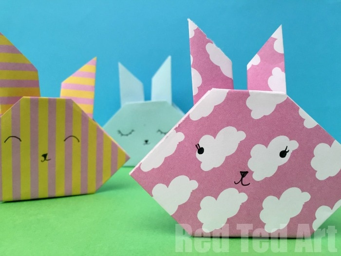 25 + bunny crafts. Lots of cute ideas here for Easter or Spring crafts