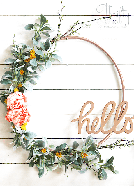 i never would have guessed that this is a hula hoop wreath there are so - Spring Wreath Ideas