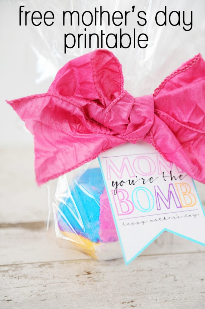 Add this free Mom You're the Bomb printable to your Mother's Day bath bomb gift