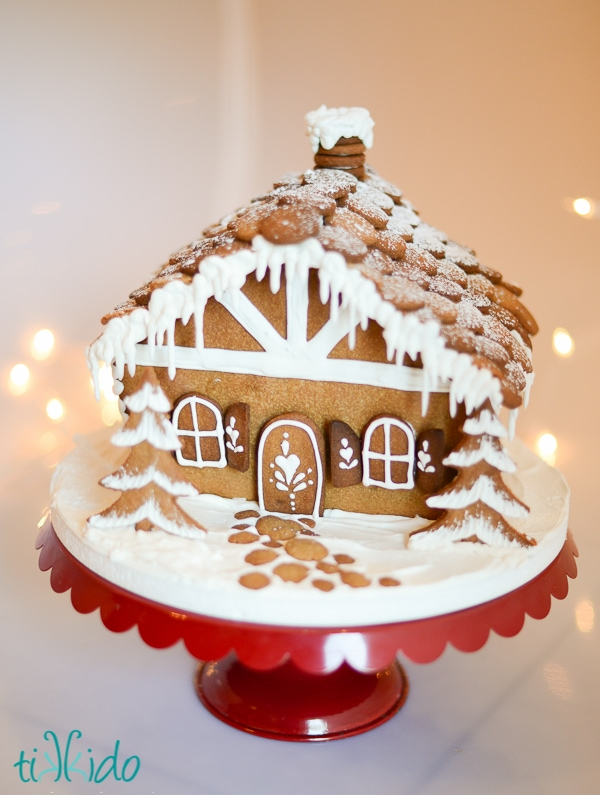 25 Gingerbread House Ideas Tips And Tricks Fun Loving Families