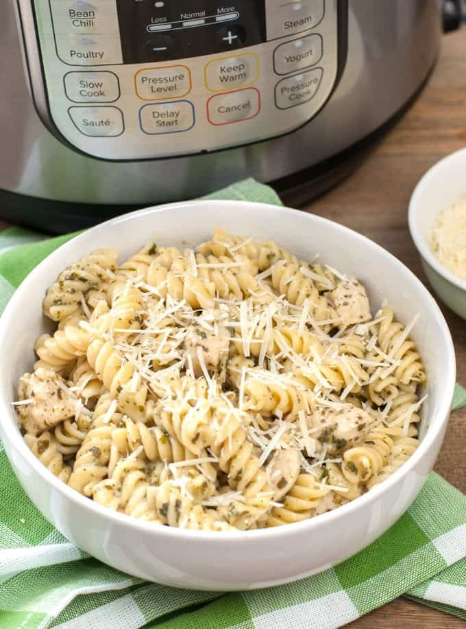 Easy instant pot dump recipe: try this Instant Pot pesto pasta from Food Lovin Family