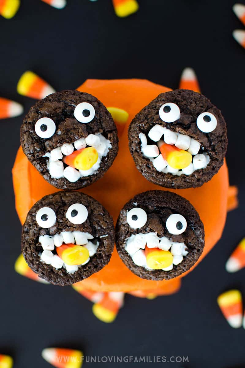 Halloween brownies: Make these adorable brownie candy corn monsters for school parties, or a fun Halloween treat for the kids. #halloween #brownies #funfood #halloweentreats #monster #monsterbrownies #funlovingfamilies