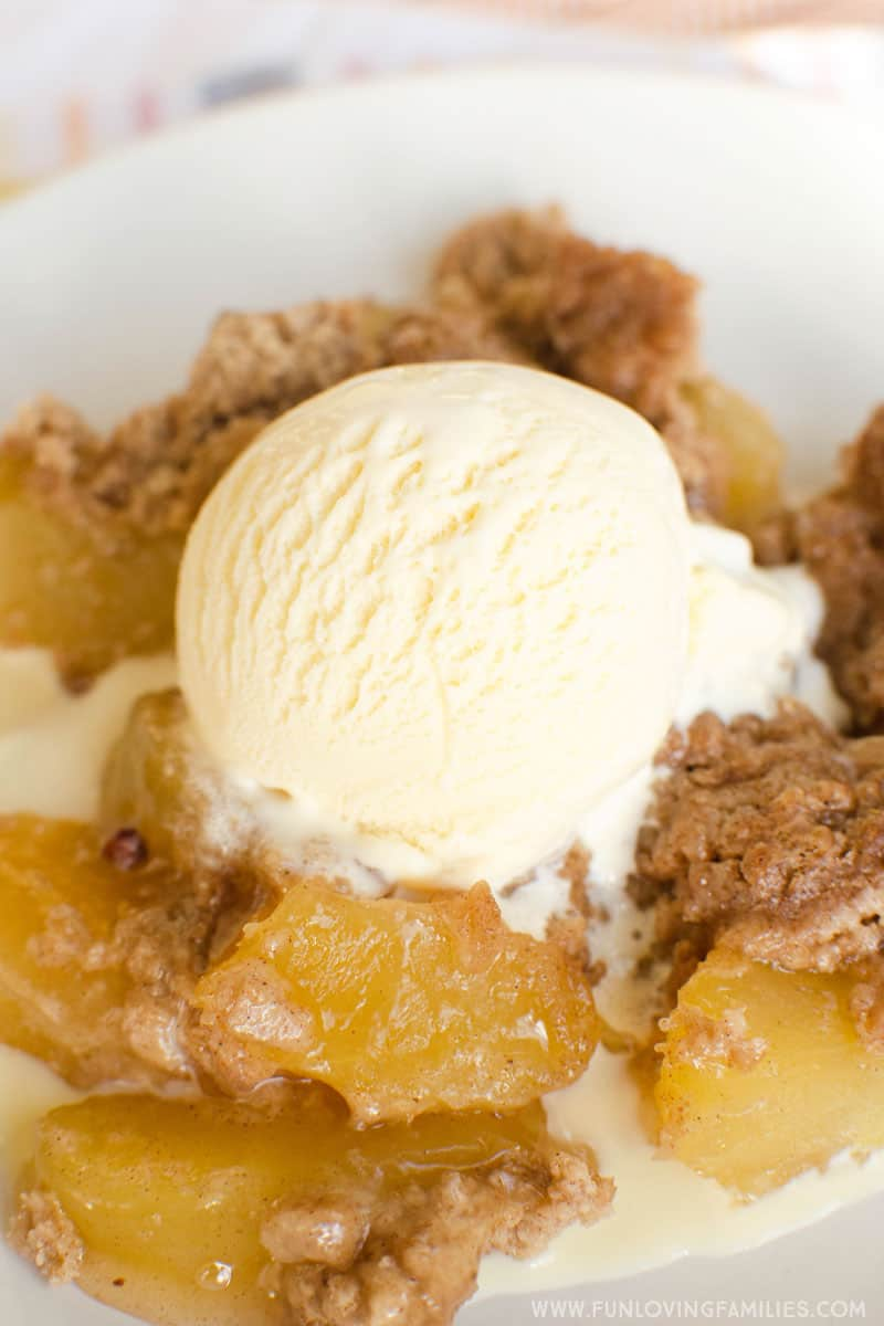 Instant Pot dessert recipe for beginners: Make this simple apple spice dump cake with just 3 ingredients. Start to finish in under an hour. #applespice #fallrecipes #instantpot #pressurecooker #instantpotdessert #instantpotrecipe #instantpotdumprecipe #instantpotdumpcake #easyinstantpotrecipe