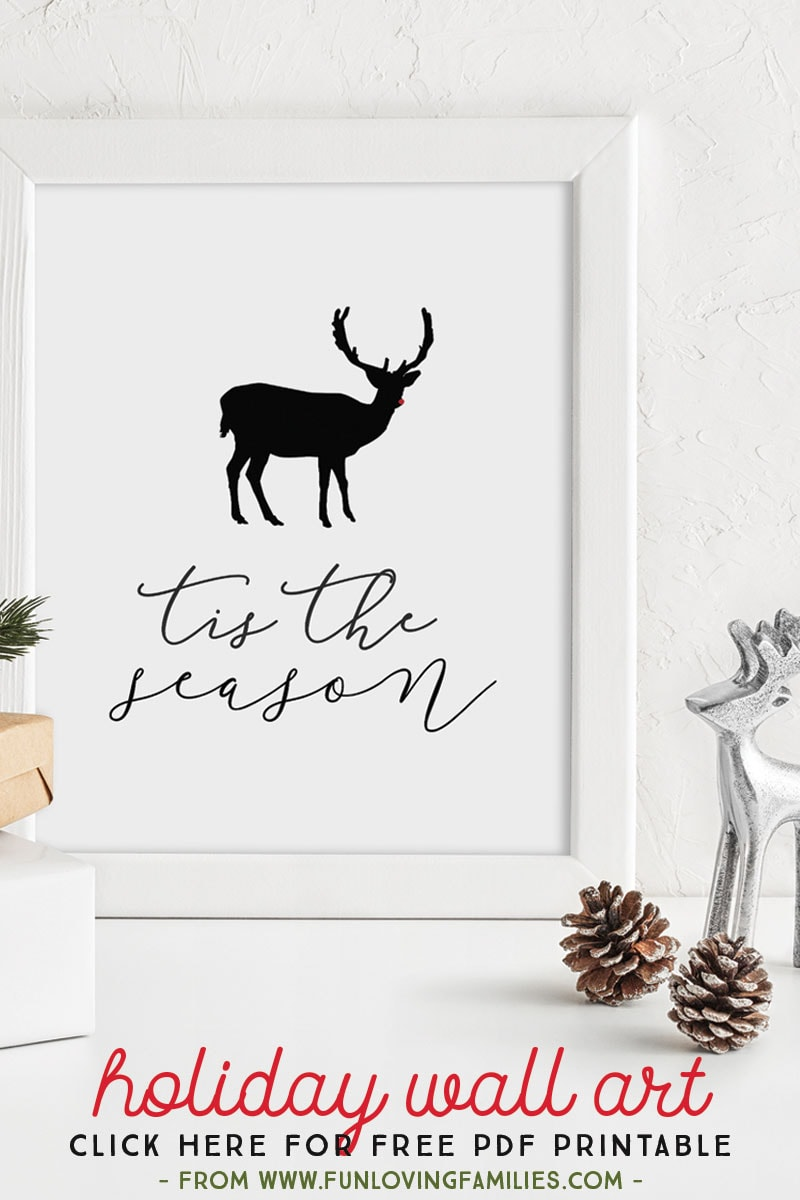 Free instant download holiday wall art 8x10 pdf prints. Super easy to download and print at home. #freeprintables #christmasprintables #christmasdecor #holidaywallart #instantdownload
