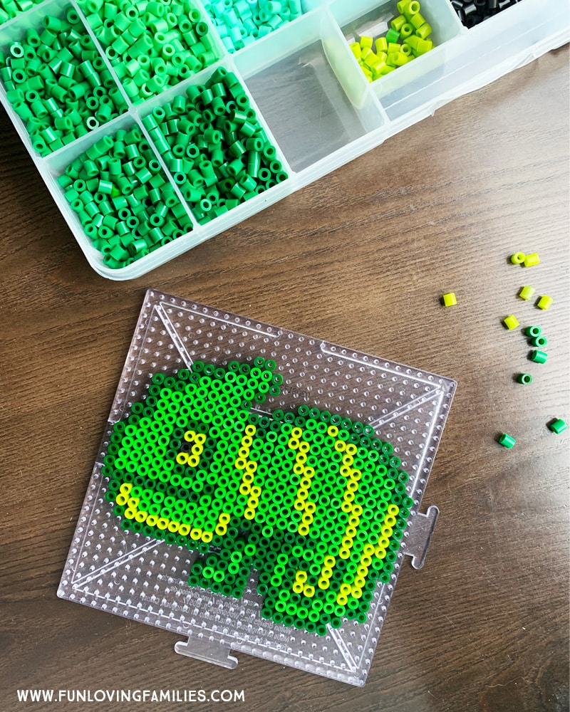 green chameleon melty bead craft