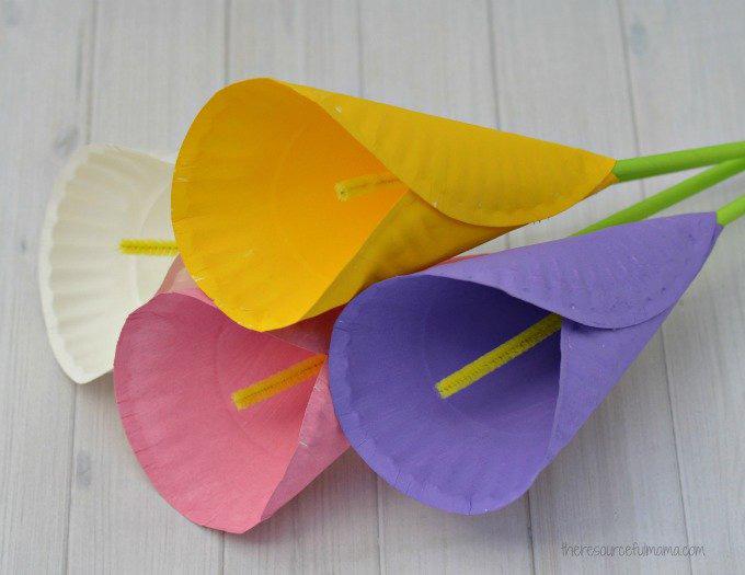 paper plate calla lilies craft
