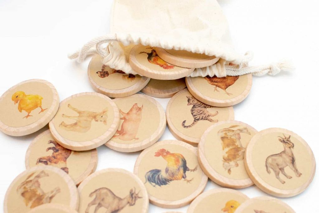 Wooden animal matching game toy from Etsy